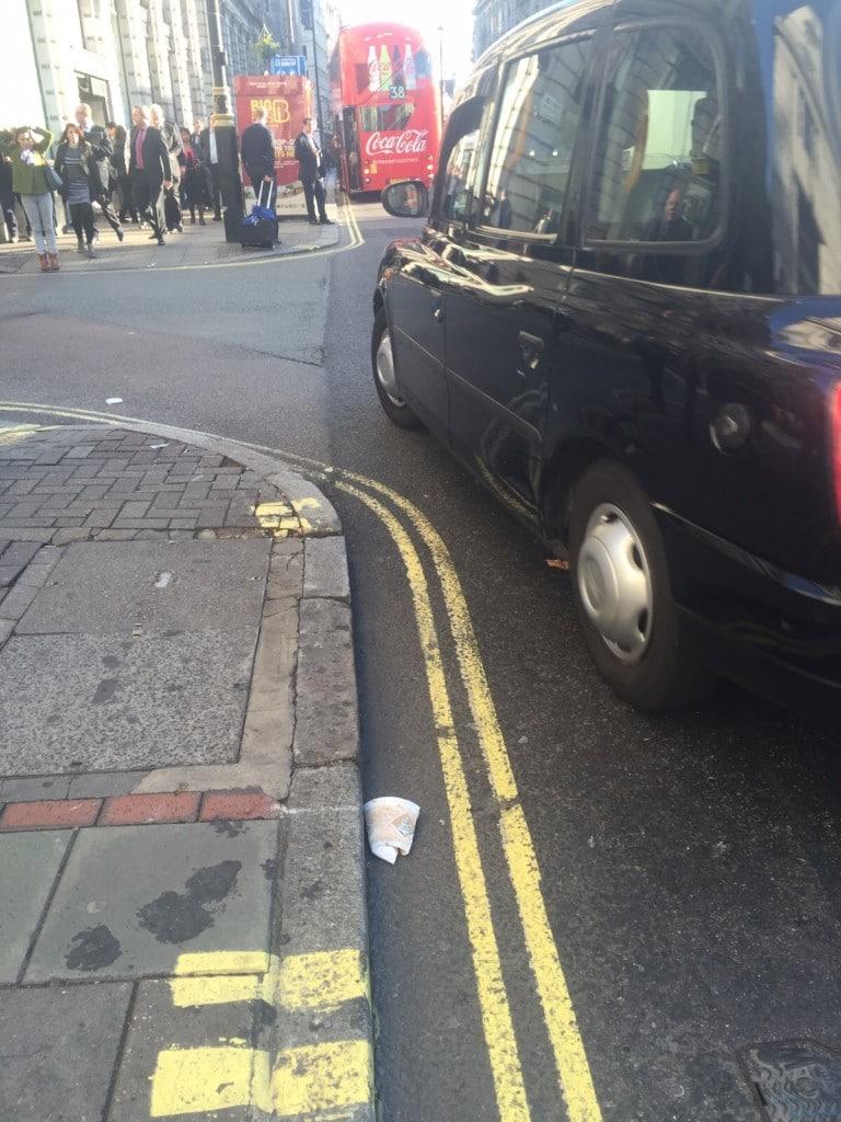 Virtual trash walk in London